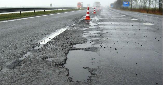 Softijs beschermt asfaltweg